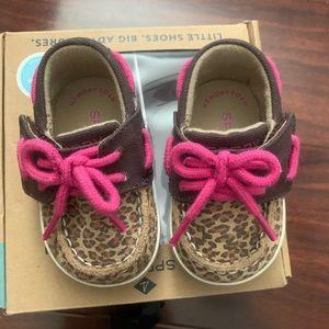 Baby leopard Sperry's